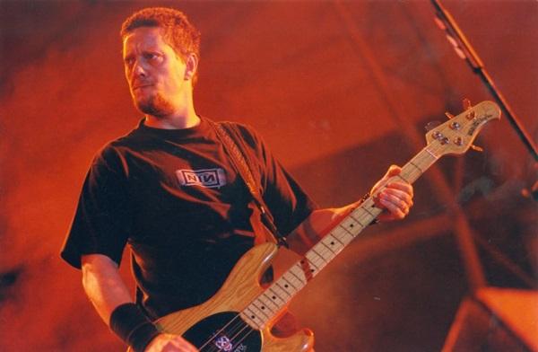 Canisso, integrante da banda Os Raimundos durante apresentação no Porão do Rock (Jorge Cardoso/CB/D.A Press)