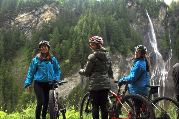 Programa Melhores viagens de bike, do Canal OFF (Gabriela Lacerda/Divulgação)
