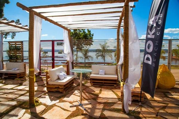 Espaço Doka Beach Club, na Orla do Lago ( Felipe Menezes/Divulgação)