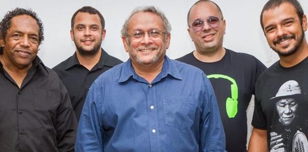 Clodo Ferreira e banda mostram canções do novo disco (Marcelo Dischinger/Divulgaçao)