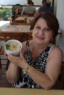 %u201CA banana combina muito bem com peixe%u201D, afirma Maria Luiza da Mata, proprietária do Peixe na Rede (Ana Rayssa/Esp. CB/D.A Press)