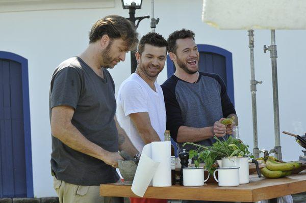 O programa Homens gourmet na estrada explorará a culinária de oitos cidades brasileiras (Fox life/Divulgação)