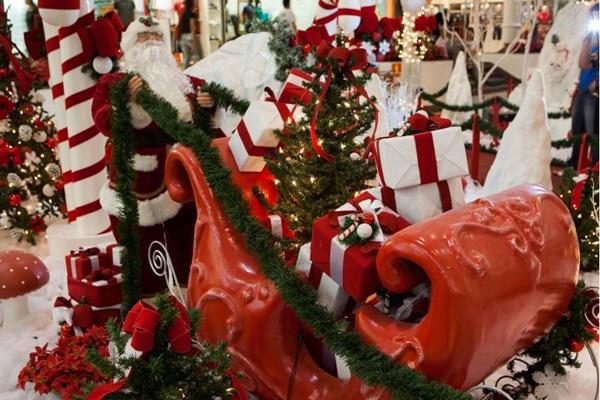 O Boulevard Shopping recebe Papai Noel em meio à decoração típica (Engenho Comunicação/Divulgação)