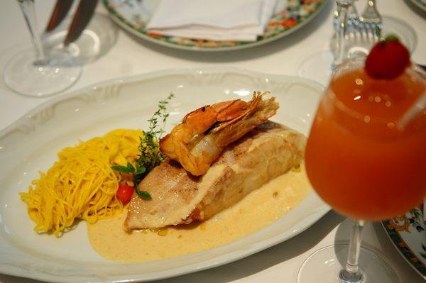 A receita leva sete tipos de frutos do mar em seu preparo  (Bruno Peres/CB/D.A Press)