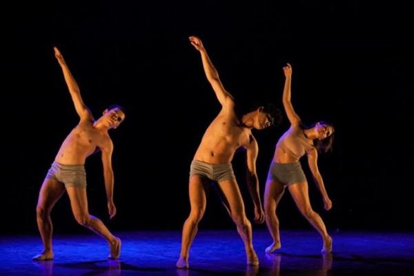 Profissionais da dança se juntam a grupos especiais na 6ª Mostra de dança solidária (Débora Amorim/Divulgaçao)