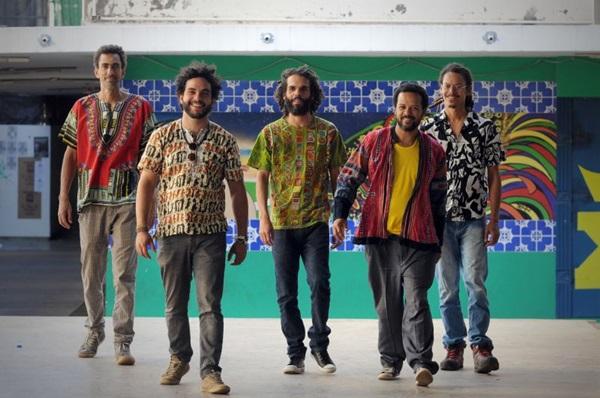 A banda Jenipapo cantará faixas adultas e infantis (Glauber Queiroz/Divulgaçao)