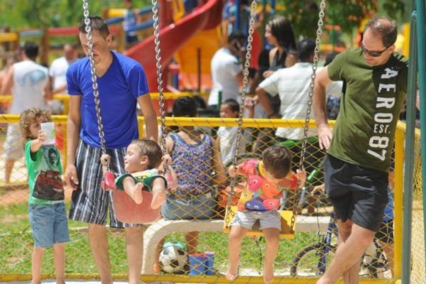 O Parque da Cidade é uma boa opção para se divertir com as crianças neste fim de semana (Bruno Peres/CB/D.A Press)