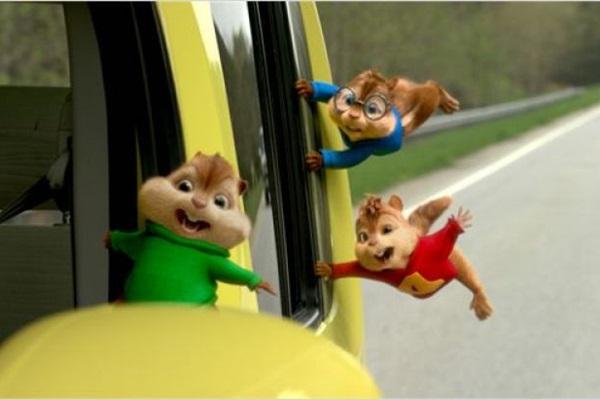 Para piorar os conflitos familiares, os esquilos não se dão bem com o enteado de Dave  (Fox Filmes/Divulgação)