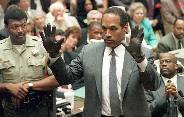 American crime story: The people vs. OJ Simpson (APF)