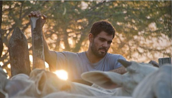 Novo filme do pernambucano Gabriel Mascaro impressiona (Imovision)