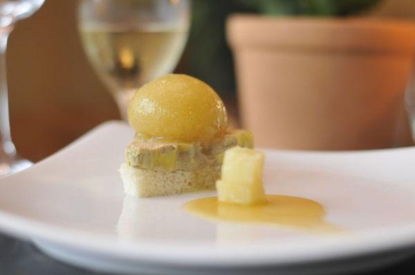 A terrine de foie gras mistura os sabores brasileiro e dinamarquês  (Helio Montferre/Esp. CB/D.A Press)