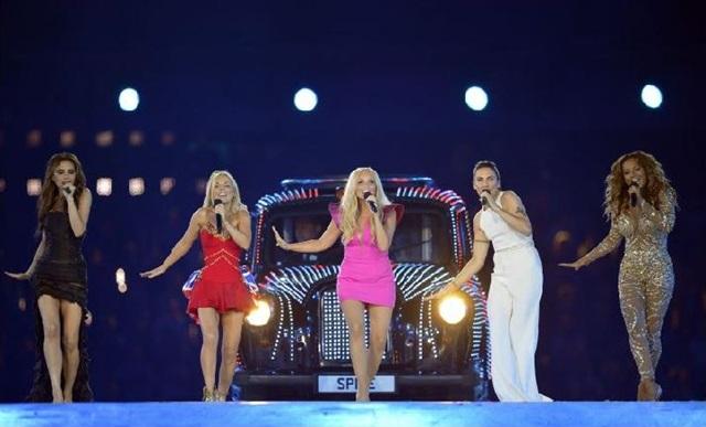 Apresentação das Spice Girls nos Jogos Olímpicos de Londres, em agosto de 2012 (LEON NEAL)