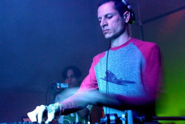 DJ Hopper animará a festa no sábado (Giovanni Fernandes/Divulgacao )