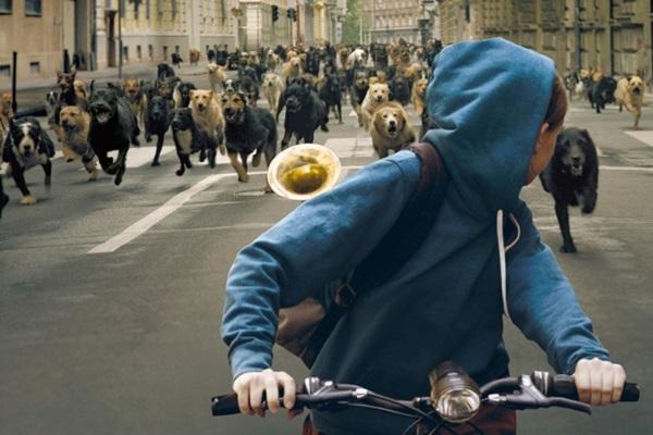 Olhar pueril de menina dá o tom do filme húngaro (Reprodução/Internet)