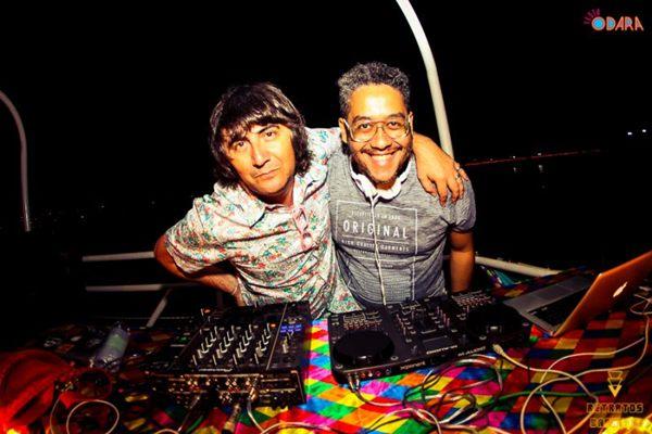 DJs residentes Rubens Ca e Johnny Harp