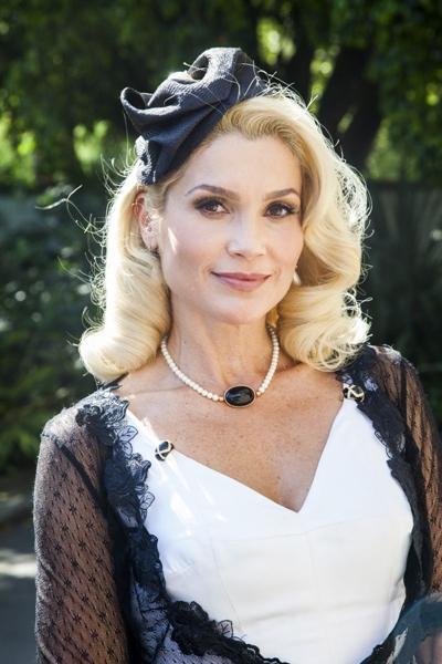 Atriz interpreta Sandra em 'Êta mundo bom!' (Globo/Estevam Avellar)