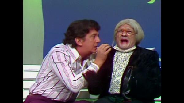 A Velha Surda é um dos principais personagens do humorístico  (TV Globo/Reprodução)