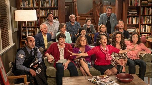 As confusões da família Portokalos voltam a protagonizar a sequência de 'Casamento grego 2'