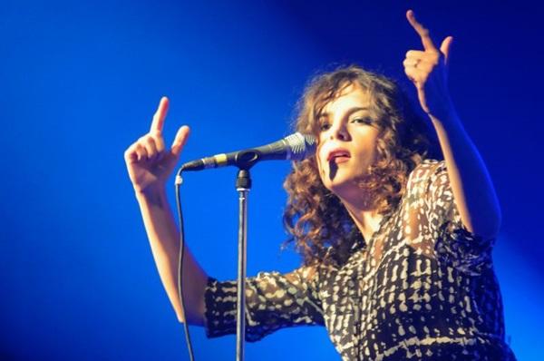 A cantora Céu se apresenta no dia 13 de maio no Vivo Open Air (Luis Xavier de França/Esp. CB/D.A Press)