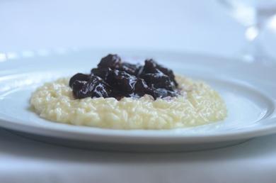 Ragu de costela ao vinho compõe o risoto do restaurante Gero (Jhonatan Vieira/Esp. CB/D.A Press.)