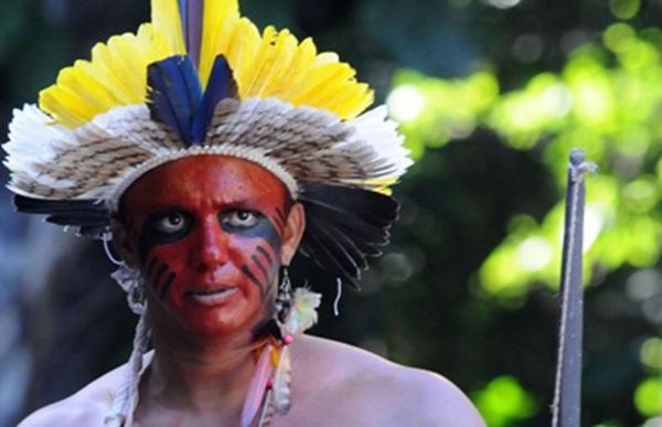 Os índios Fulni-ô participarão da festa com danças e cantos tradicionais (Juliana Leitao/DP/D.A Press)