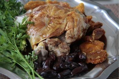 O pernil de cordeiro é aposta nos contrastes de sabores (Ana Rayssa/Esp. CB/D.A Press)