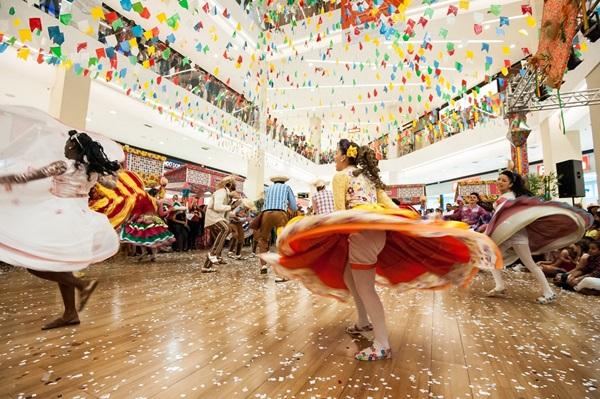 Passos inspirados na cultura popular encantam público de festas juninas (Telmo Ximenes/Divulgação)