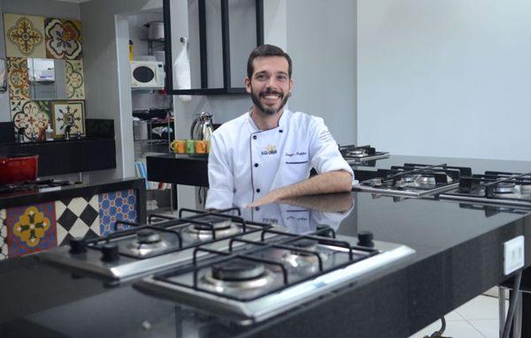 Diego Koppe alerta: uso de recipientes apropriados evita intoxicações  (Jhonatan Vieira/Esp. CB/D.A Press)