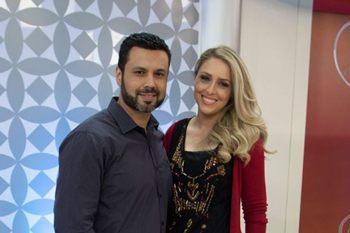 Programa aborda questões conjugais de telespectadores brasileiros. (Escola do Amor Responde/Rede Record)