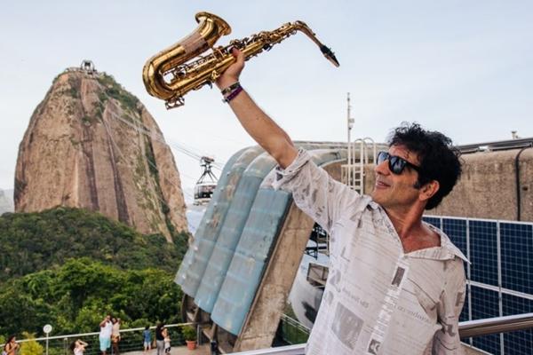 Ex-Kid Abelha lembrará sucessos do grupo durante evento no Oliver (Globo/Divulgação)