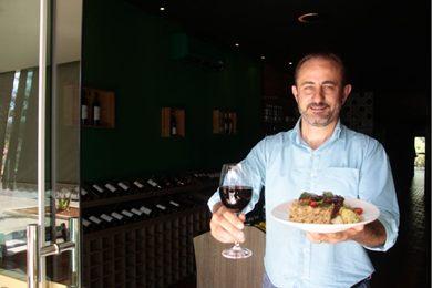 Gilberto Zortea: vinho com steak poivre (Ana Rayssa/Esp. CB/D.A Press)