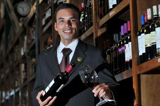Tiago Pereira, Sommelier (Breno Fortes/CB/D.A Press)