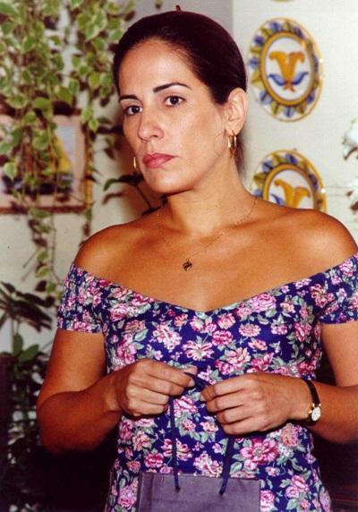 Personagem de Gloria Pires era embalada por É o amor em Suave veneno ( Arquivo/TV Globo)
