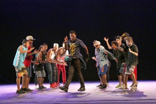 O espetáculo  apresentará o ritmo ao público brasiliense (Passinho Brazil/Divulgação)