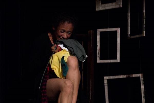 'Cicatrizes' expõe nos palcos o problema social da violência contra a mulher (Thaís Lopes/Divulgação)