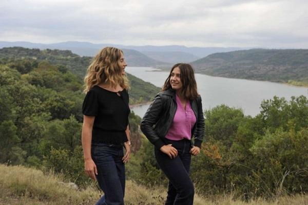Belas paisagens envolvem o romance entre Carole e Delphine (Reprodução/Internet)