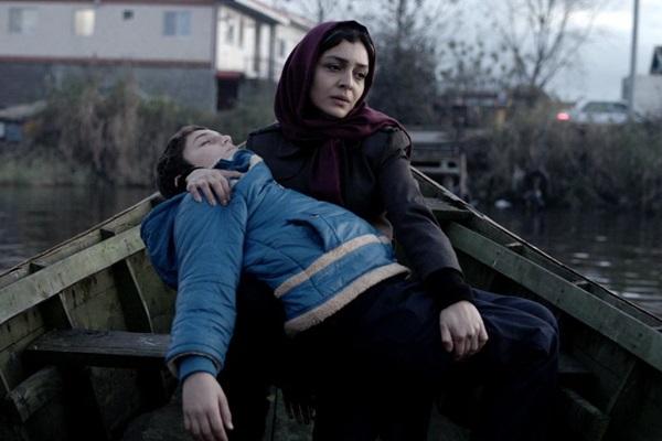 Uma Teerã sombria é apresentada em 'Nahid: Amor e liberdade' (Internet/Reprodução)
