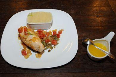 Além da ghee, a galinha utilizada na receita é caipira ou orgânica (Carlos Moura/CB/D.A Press - 28/7/16)