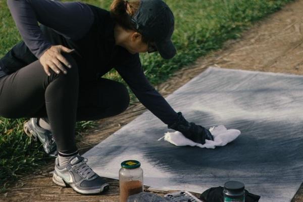 A artista reparou nas calçadas brasilienses (João Vital/Divulgação)