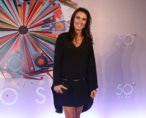 Glenda Kozlowski quebra barreiras ao ser a primeira mulher a narrar o esporte da Globo (Globo/Paulo Belote)