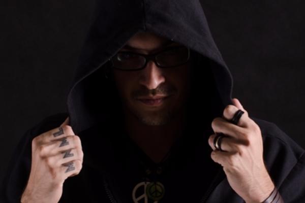 O DJ Chapeleiro é uma das atrações do evento  (Internet/Reprodução)
