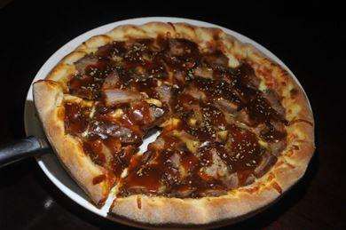 A pizza de picanha faz parte do rodízio, mas pode ser também pedida à la carte