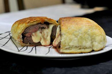 Filé à Wellington: carne bovina revestida de massa folhada foi homenagem ao estadista britânico Arthur Wellesley (Helio Montferre/Esp. CB/D.A Press)