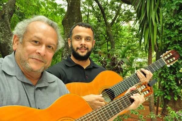 Clodo e João Ferreira: show é como se fosse festa familiar (Dani Neri/Divulgação)