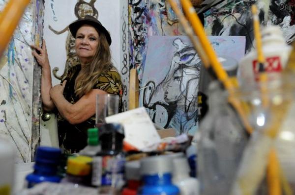 Cerca de 40 obras compõem a mostra Naura Timm, no Gabinete de Arte k2o   (Carlos Vieira/CB/D.A Press)