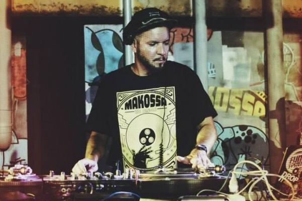 O DJ Chicco Aquino toca na Ascade no dia 6 de setembro  (PaulaCarrubba/Divulgação)