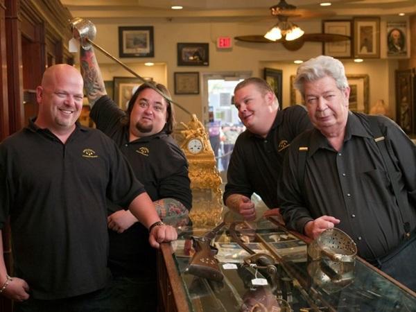 A loja Gold & Silver é comandada pela família Harrinson em 'Trato feito' ( Discovery/Divulgação)