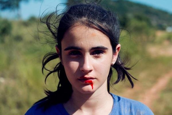 Retratos da adolescência são ponta frágil do longa (Imovision/Divulgação)