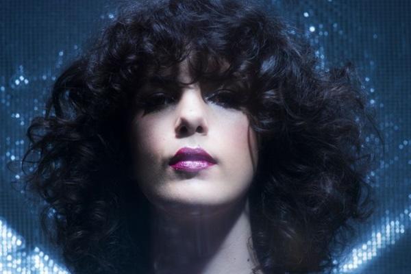 Céu cantará sucessos do disco 'Tropix' (Luiz Garrido/Divulgação)