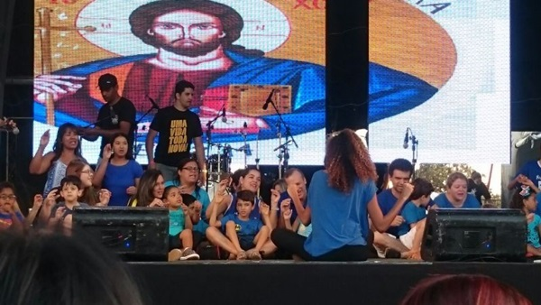 Cena do espetáculo 'Uma sinfonia diferente': música para ajudar na socialização (Arquivo pessoal)